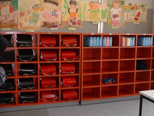 教室置物櫃